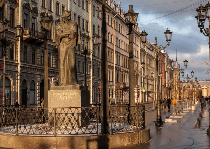 Russia Monuments St Petersburg Street Street lights Nikolai Gogol Cities wallpaper