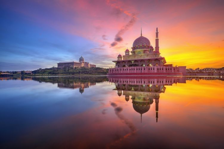Evening Malaysia Lake Temples Putrajaya Cities wallpaper