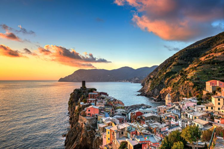 Italy Houses Coast Mountains Sky Clouds Vernazza Cities wallpaper