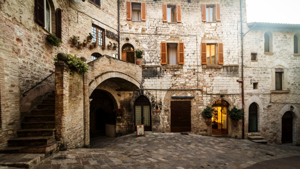 Houses Italy Street Assisi Perugia Umbria Cities wallpaper