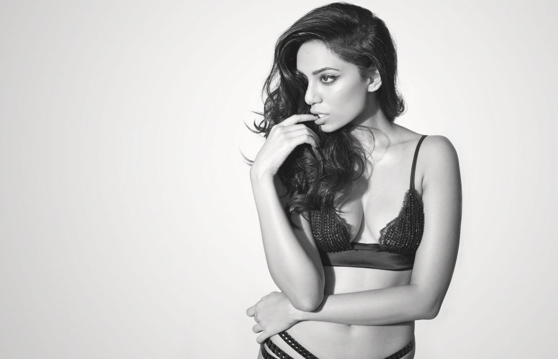 sobhita dhulipala bollywood actress model girl beautiful brunette pretty cute beauty sexy hot pose face eyes hair lips smile figure indian  wallpaper