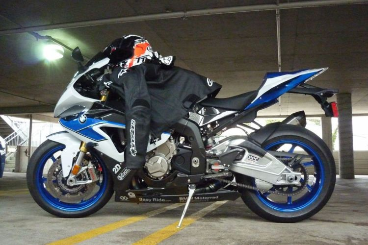 BMW S1000RR superbike bike muscle motorbike wallpaper