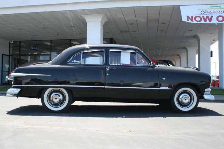 1951 Ford Custom Sedan 2 Door Black Classic Old Vintage USA 1536x1152-02 wallpaper