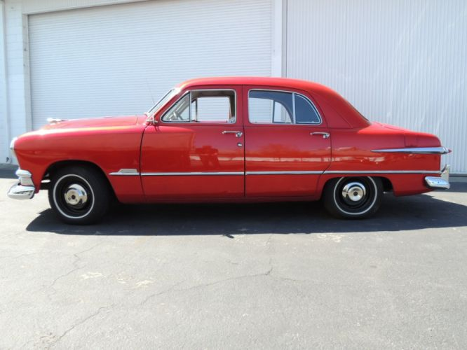 1951 Ford Sedan 4 Door Red Classic OLd Vintage USA 1600x1200-02 wallpaper