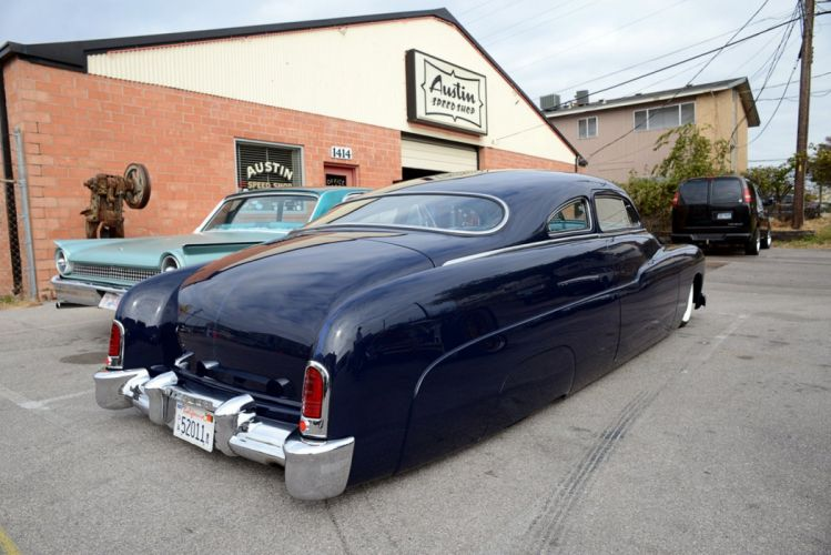 1951 Mercury Sedan Hot Custom Kustom Low Lowered Old School USA -01 wallpaper