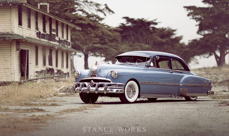 1951 Pontiac Chieftan Deluxe Sedan Two Door Custom Hot Rod Kustom Old School Low USA -06 wallpaper
