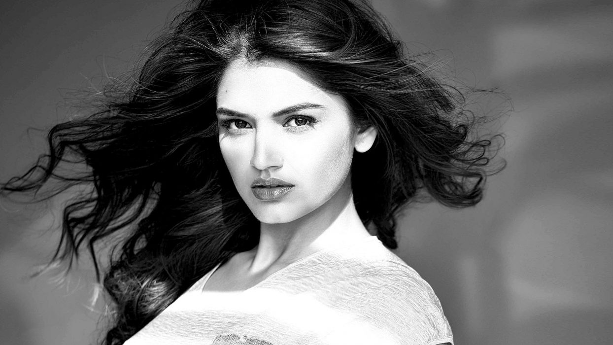 tara alisha berry bollywood actress model girl beautiful brunette pretty cute beauty sexy hot pose face eyes hair lips smile figure indian  wallpaper