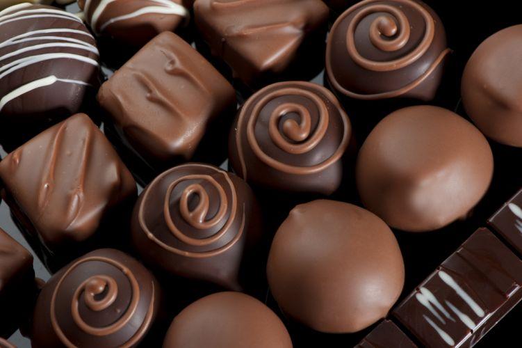chocolate box candies allsorts patterns sweet wallpaper