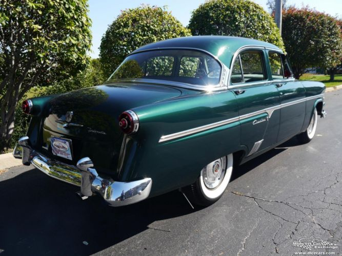 1954 Ford Crestline Four Door Classic Old Vintage Original USA -15 wallpaper