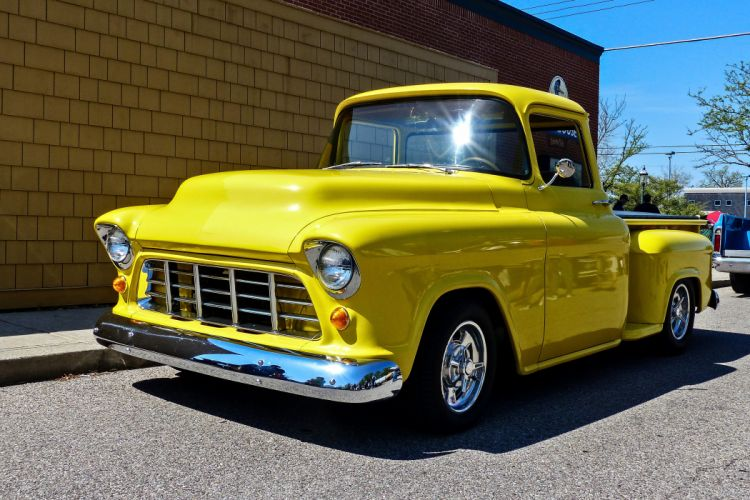 1955 Chevrolet Pickup Stepside pickup Hotrod Streetrod Hot Rod Street Yellow USA -02 wallpaper