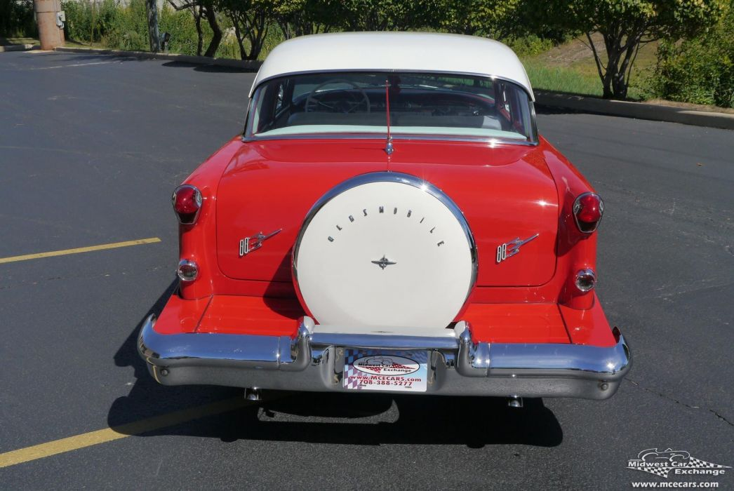 1955 Oldsmobile Supe 88 Sedan Two Door Classic Old Vintage Retro Original USA -11 wallpaper