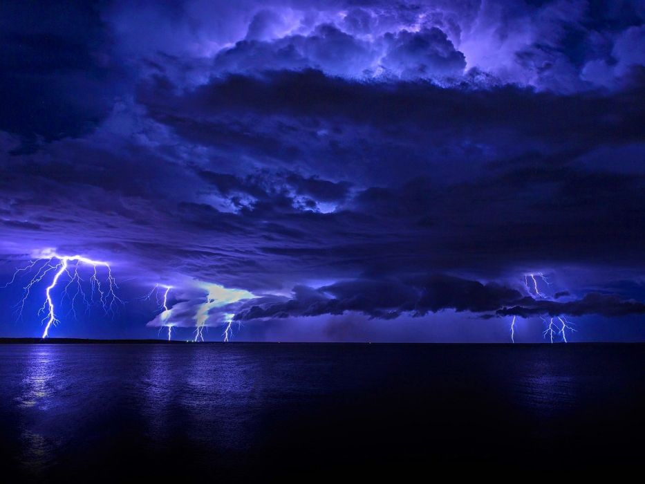 Lightning Storm Rain Clouds Sky Nature Thunderstorm Wallpaper 1600x1200 953214 Wallpaperup