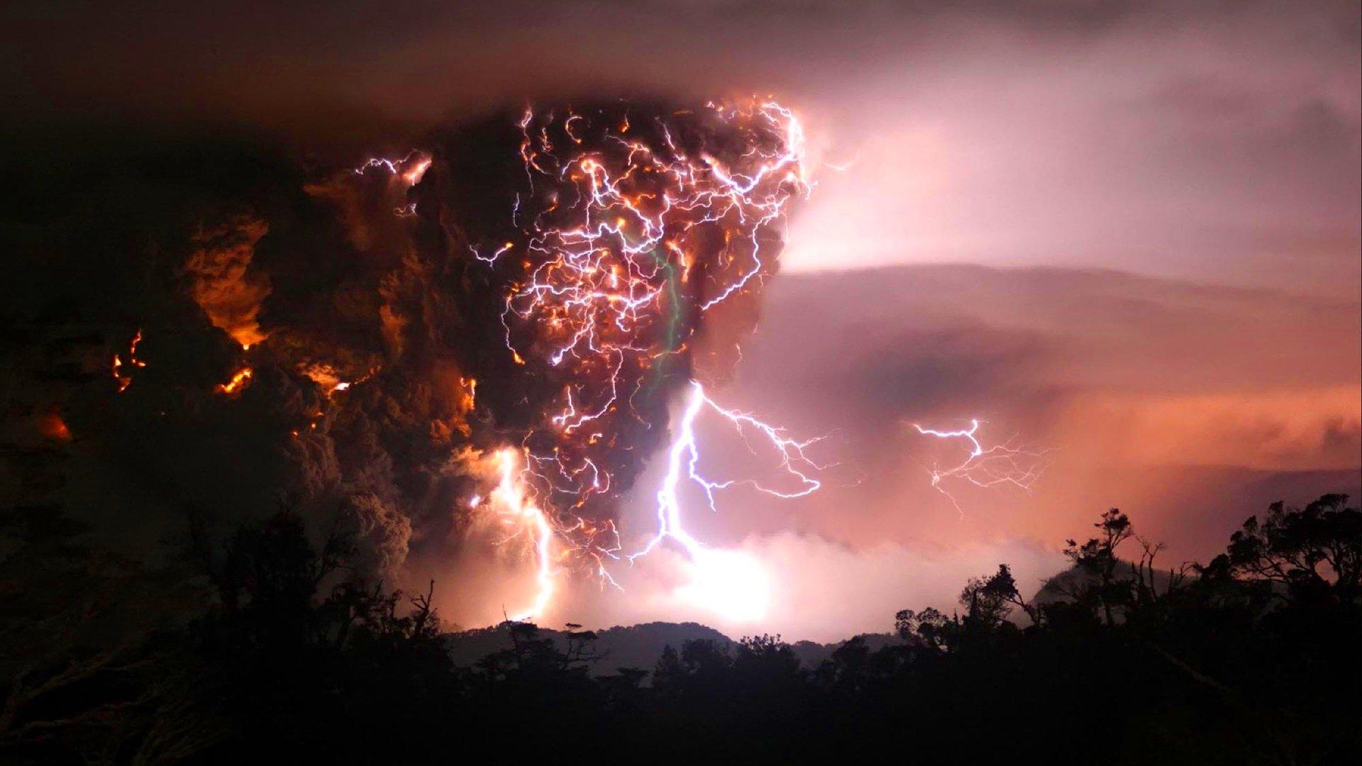 Lightning storm rain clouds sky nature thunderstorm ...