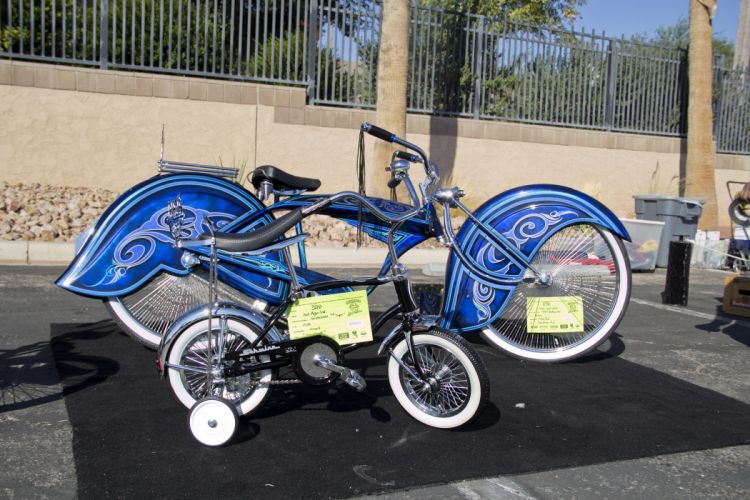 LOWRIDER motorbike tuning custom bike motorcycle hot rod rods chopper bicycle wallpaper