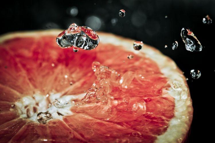 macro fruit grapefruits water drops wallpaper