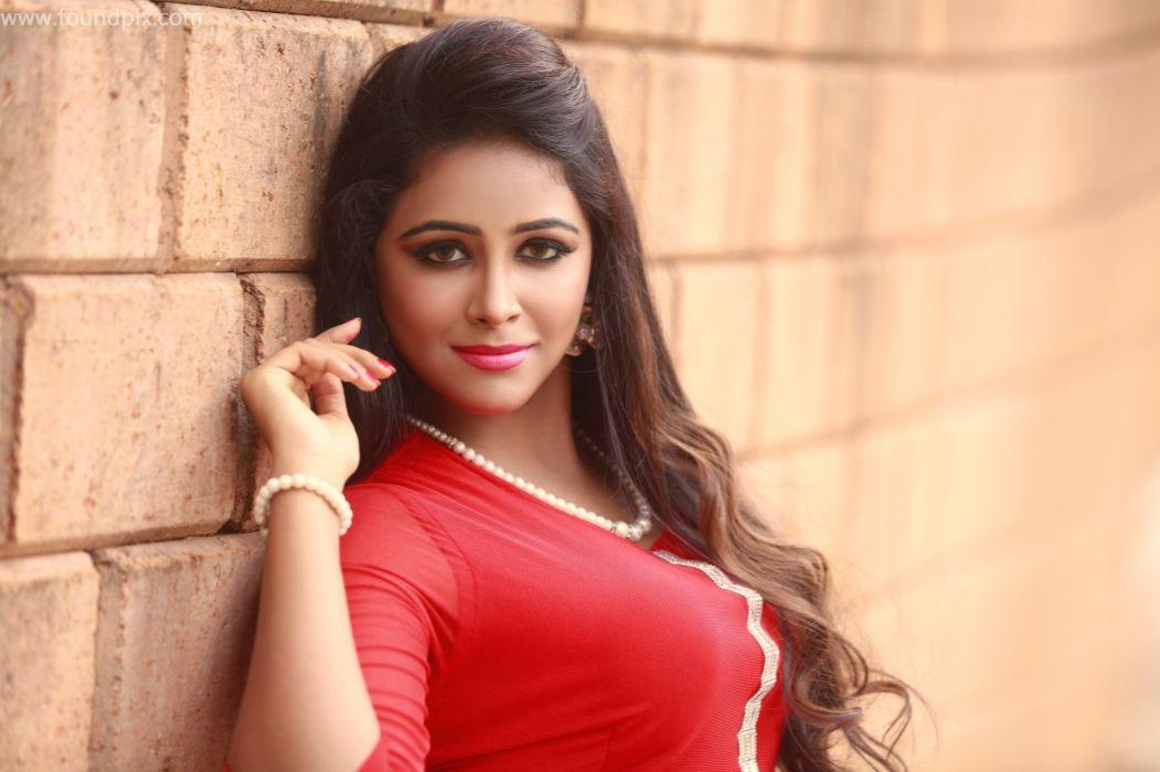 Actress-Subiksha-hot-stills wallpaper