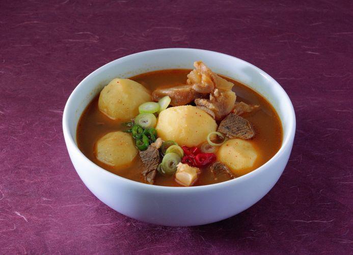 otato dish soup sauce meat beef onions wallpaper