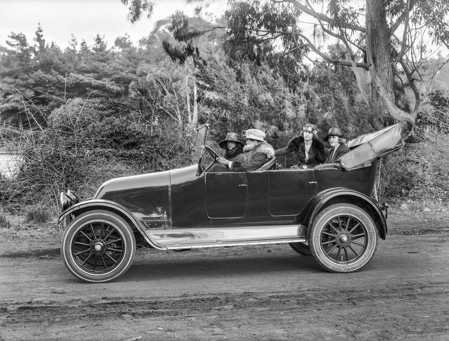 1919 Franklin Model-9 Touring vintage retro wallpaper