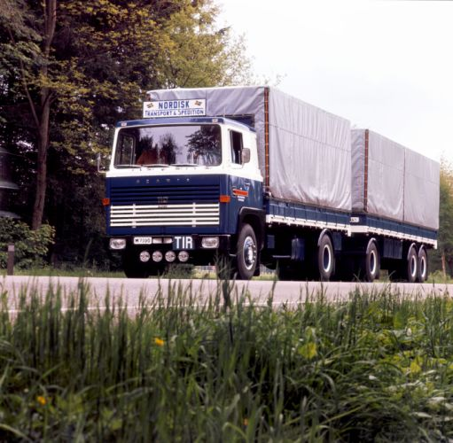 1968 Scania LB110S-50 semi tractor classic wallpaper