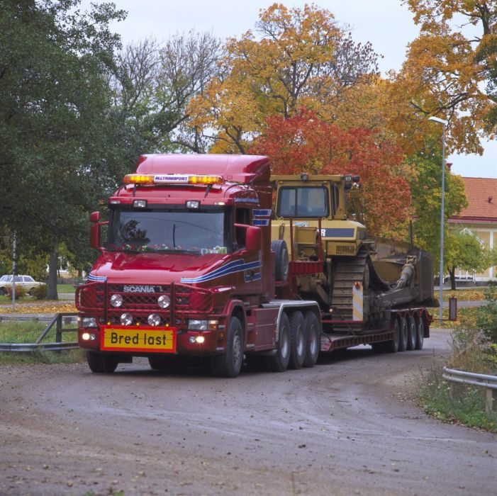1995 Scania T144GB 530 8x4 construction semi tractor wallpaper