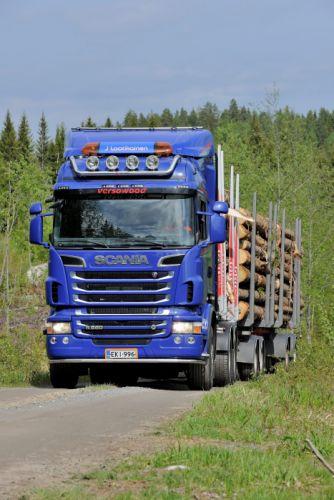 2010 Scania R560 6x4 Timber Truck semi tractor wallpaper