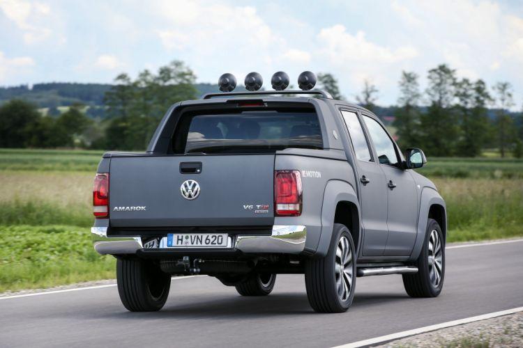 2016 Volkswagen Amarok Double Cab Aventura pickup v-w 4x4 wallpaper