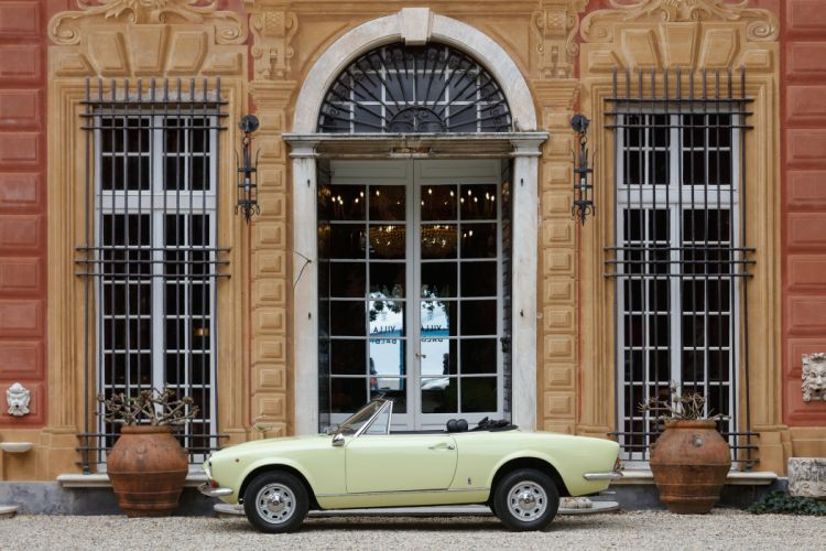 1970 Fiat 124 Sport Spider Pininfarina classic wallpaper