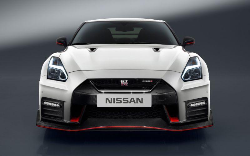 2017 Nissan GT-R NISMO supercar godzilla wallpaper