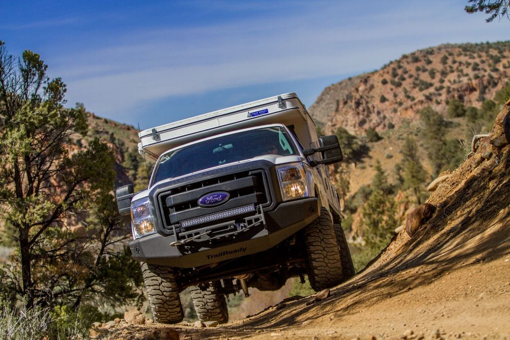 2015 Ford F-250 Super Duty offroad 4x4 custom truck camper motorhome pickup wallpaper