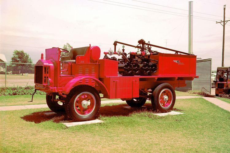 FWD SEAGRAVE MODEL-B offroad 4x4 custom truck vintage retro wallpaper