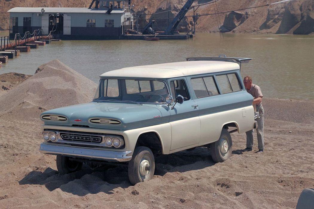 1960-66 CHEVROLET SUBURBAN CARRYALL offroad 4x4 custom truck wallpaper