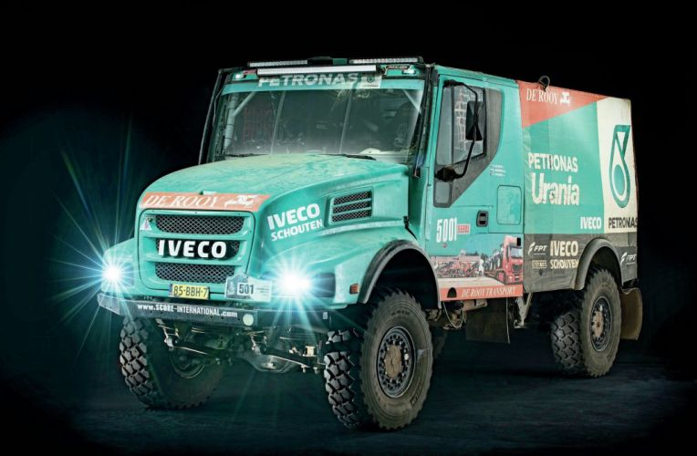 IVECO POWERSTAR T-4 offroad 4x4 custom rally baja race racing semi tractor wallpaper