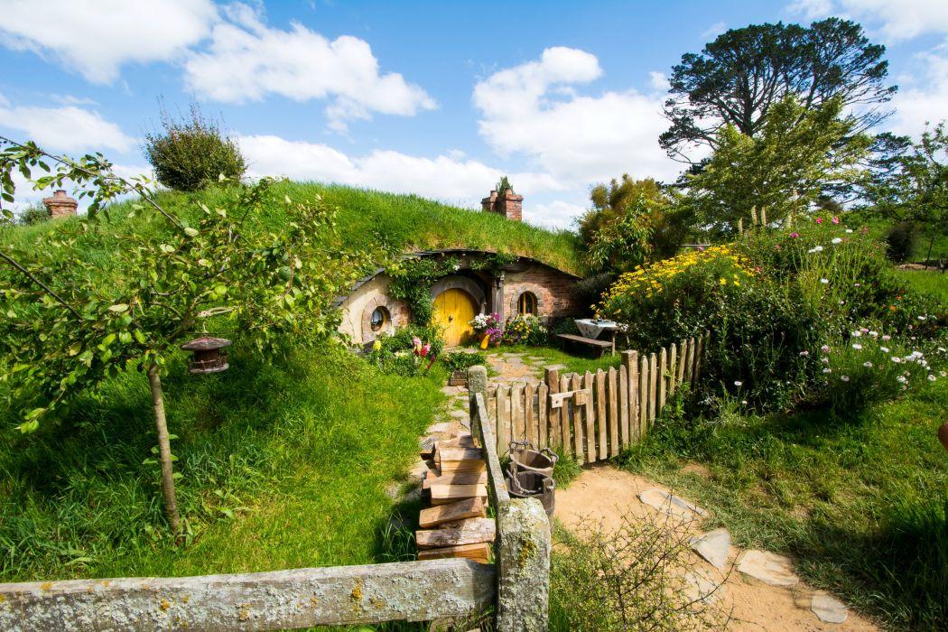 New Zealand Parks Houses Fence Shrubs Matamata Hobbiton Park Nature wallpaper