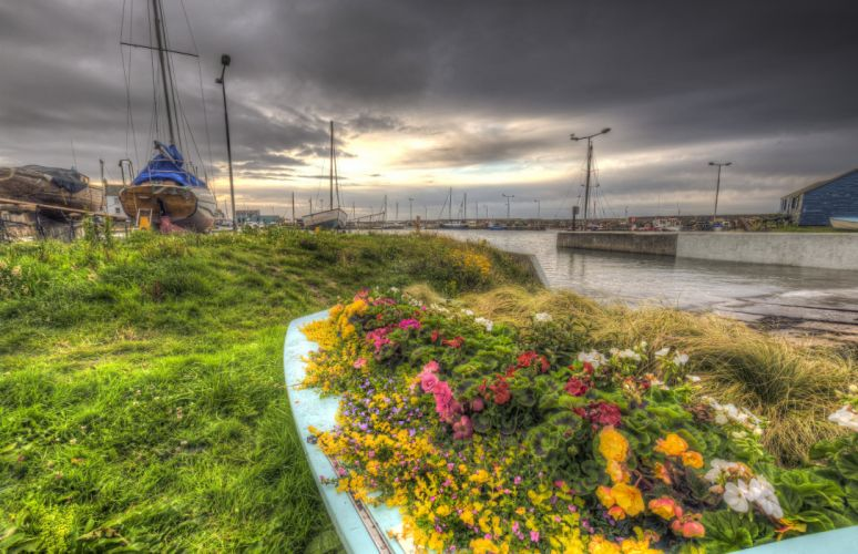 Scotland Coast Marinas Ships Begonia Sky HDR Grass Monans Harbour Nature wallpaper