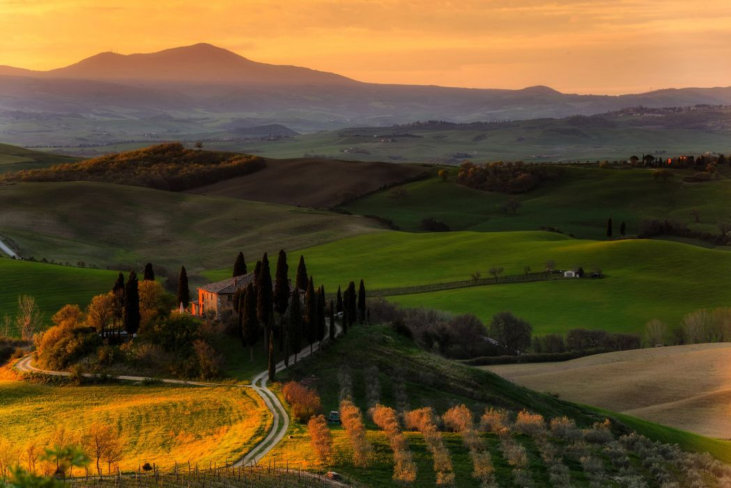 Italy Scenery Fields Houses Sunrises and sunsets Podere Belvedere Tuscany Nature wallpaper
