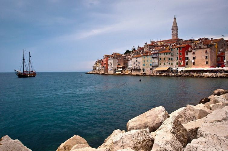 Croatia Sea Houses Waterfront Rovinj Istria Adriatic Sea Cities Nature wallpaper