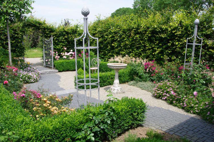 Netherlands Gardens Fountains Shrubs Appeltern Gardens Nature wallpaper