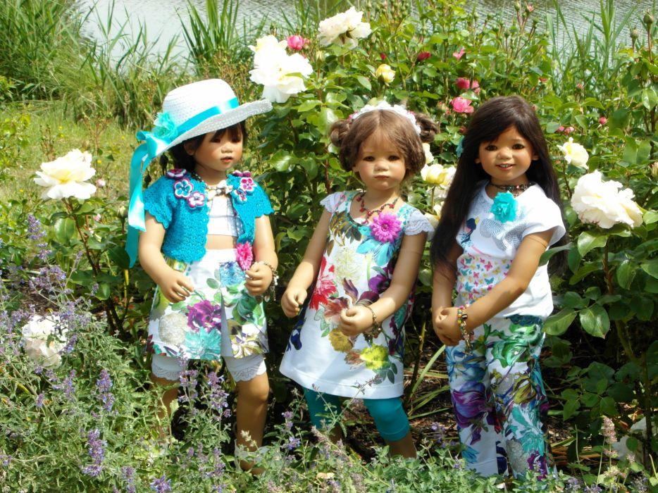 Germany Parks Roses Doll Three 3 Little girls Hat Dress Grugapark Essen Nature wallpaper
