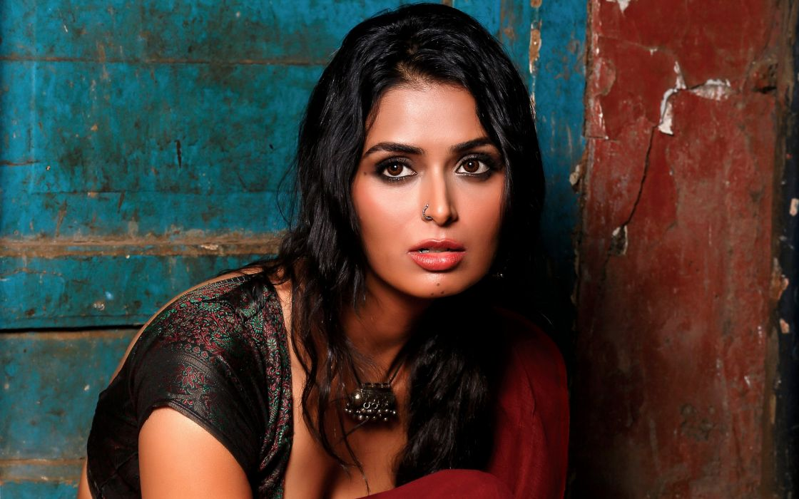meenakshi dixit bollywood actress model girl beautiful brunette pretty cute beauty sexy hot pose face eyes hair lips smile figure indian  wallpaper