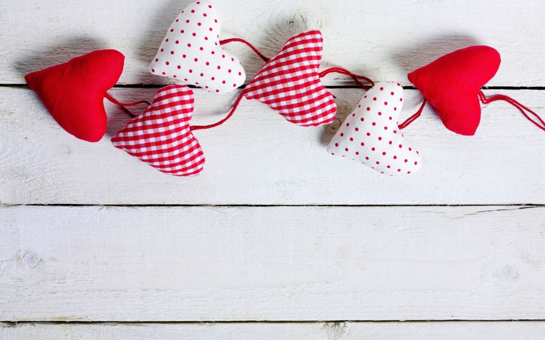 checkered cushions Cute heart heart cushions love mini mini cushions pink polka dotted red romantic Valentine Valentine's Day white wood wooden background wallpaper