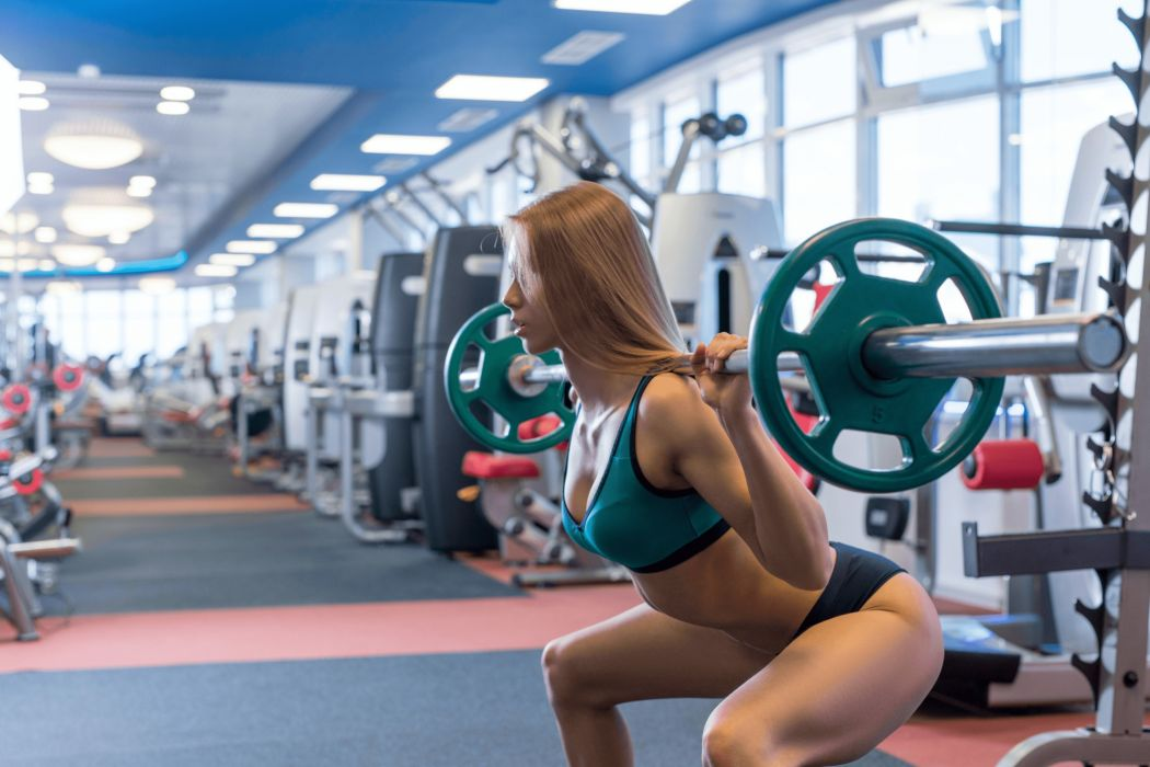 weightlifter fitness gym sexy babe wallpaper