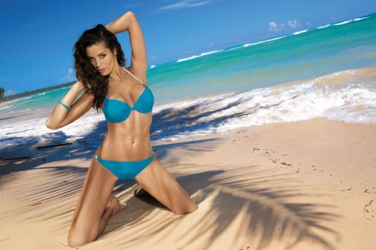 beautiful girl female women woman sexy babe model brunette bikini y wallpaper