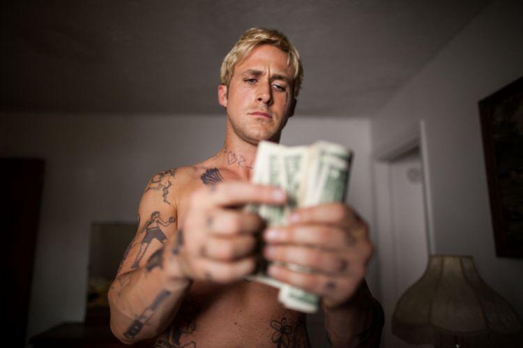 hombre rubio dinero tatuaje wallpaper