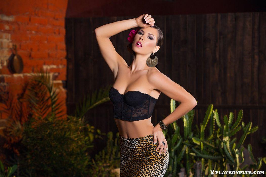 beautiful girl female women woman sexy babe model adult brunette x wallpaper