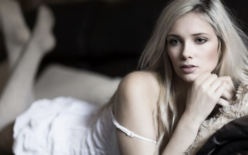 beautiful girl female women woman sexy babe model blonde face f wallpaper