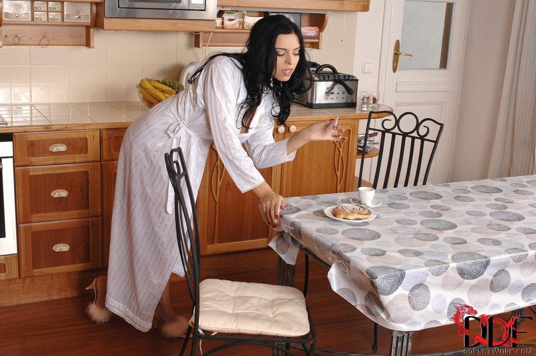 Как скрыть кухню в квартире студии фото