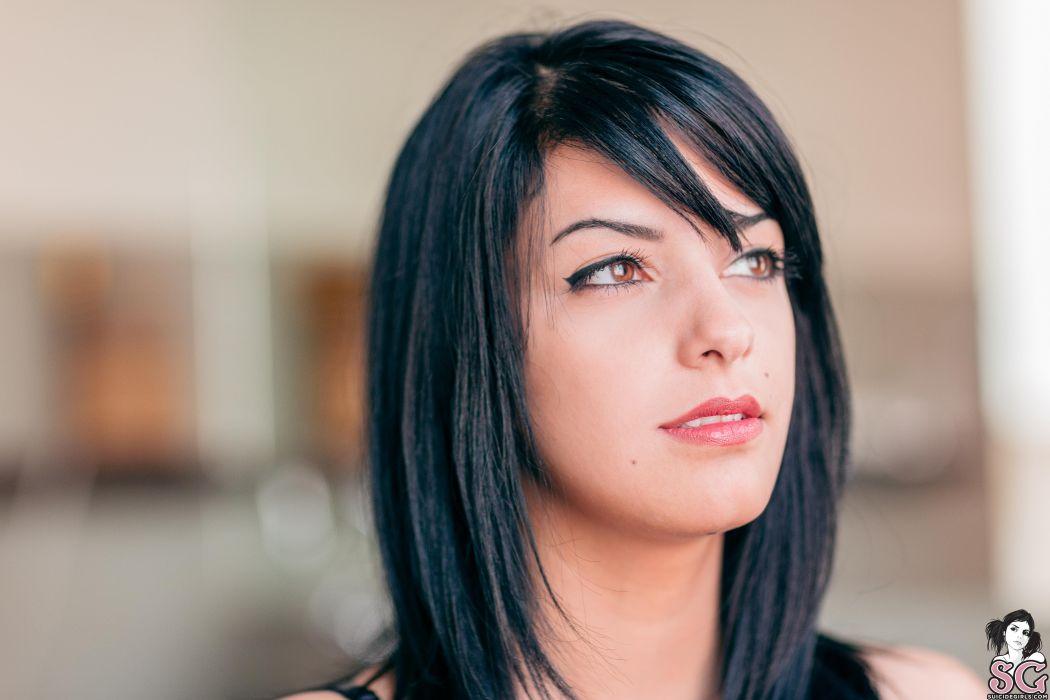beautiful girl female women woman sexy babe model adult brunette face v wallpaper