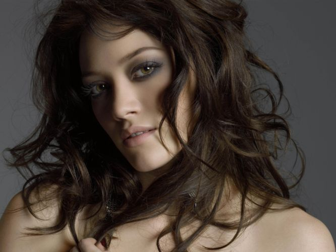 beautiful girl female women woman sexy babe model brunette face fg wallpaper