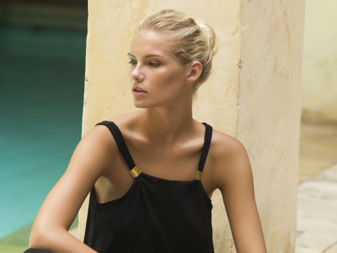 beautiful girl female women woman sexy babe model blonde w wallpaper