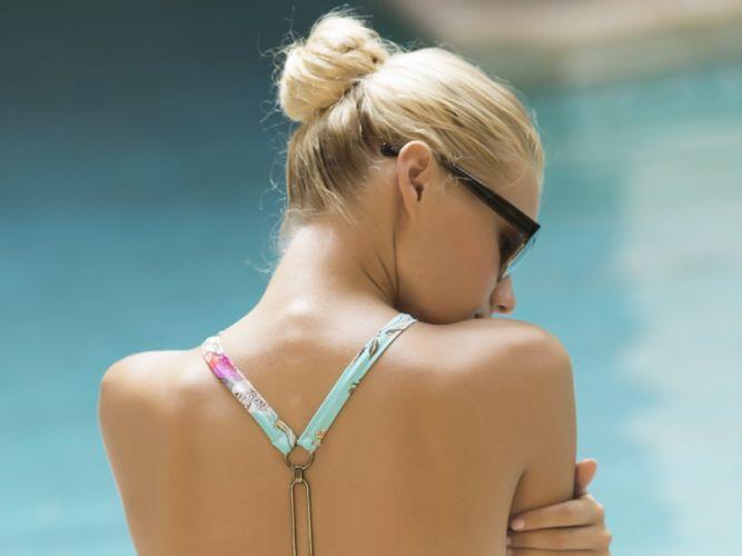 beautiful girl female women woman sexy babe model blonde bikini fo wallpaper